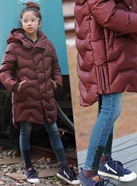 """Chocolate Long Padded Jumper <br> <font color=""""#9f9f9f"""">♡ It is good with the filling material <br> * Fascinating color appeal! *</font>"""