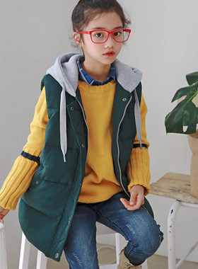 """Winner hood coloring padding vest <br> <font color=""""#9f9f9f"""">* Mongsil Mongsil is the best padded * <br> Hood point to tread UP</font>"""
