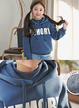 "Memory hood brushed man-to-man <br> <font color=""#9f9f9f"">˙ Sense full-point half-line ˙ <br> Tidy style look!</font>"