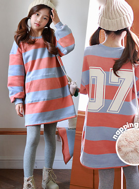 """PeachST brushed dress <br> <font color=""""#9f9f9f"""">Kangaroo pocket is cute <br> * Backing a large number of printing *</font>"""