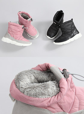 "Juen Padded Boots <br> <font color=""#9f9f9f"">* Please order one size larger *</font>"