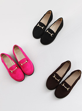 Chain suede loafers